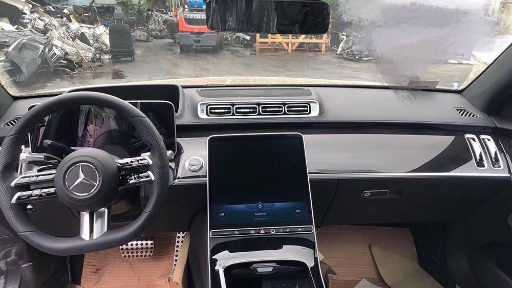 2021 Mercedes S-Class salonas