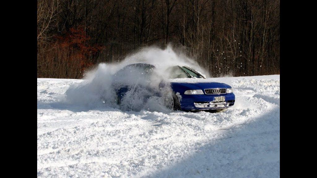 Audi S4 B5 Avant žiemą