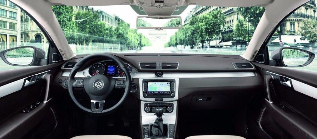 VW Passat B7 salonas