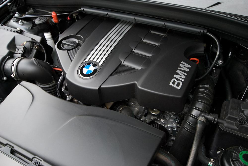 BMW E90 320d variklis