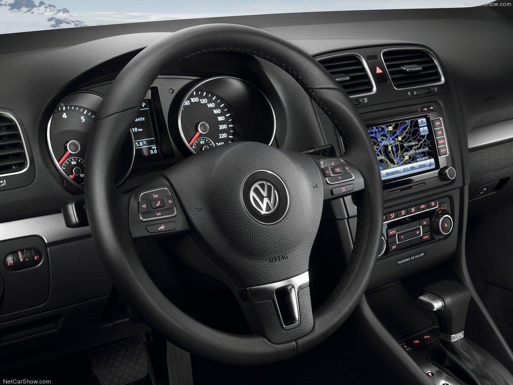 VW Golf 2009 vairas