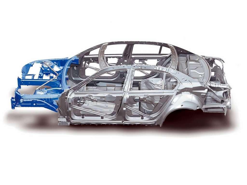 BMW E60 kėbulas iš aliuminio