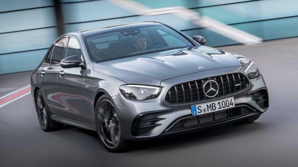 Pilkas 2021 Mercedes-AMG E 51 priekis